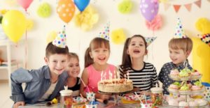 Feliz cumpleaños niño